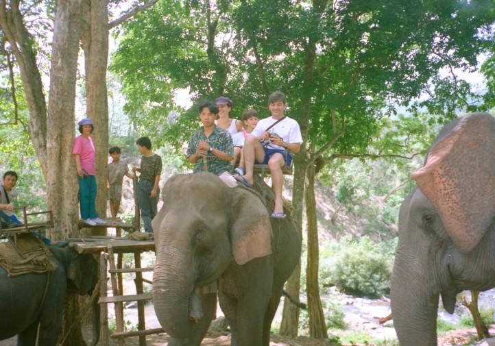 Com a familia na Tailandia - 1997