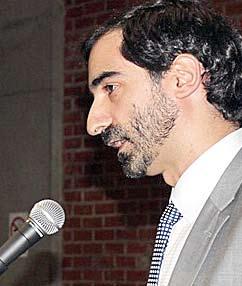 Médico Leon Lobo Garcia