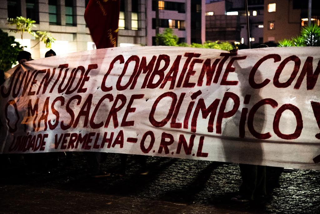 Protesto olimpíadas (1)