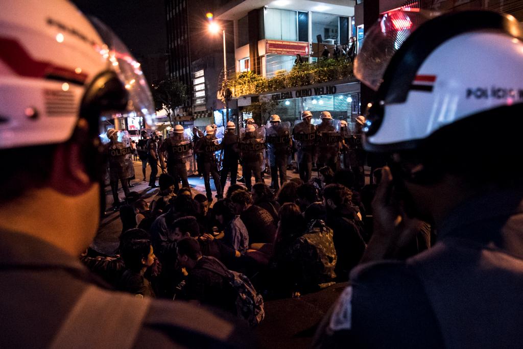Protesto olimpíadas (14)