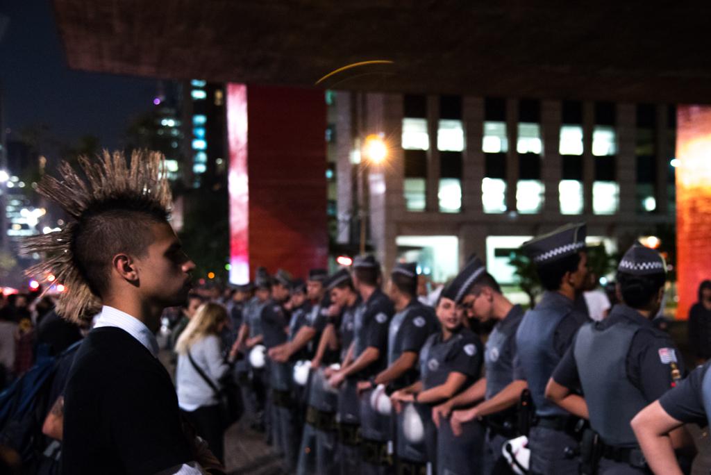 Protesto olimpíadas (2)