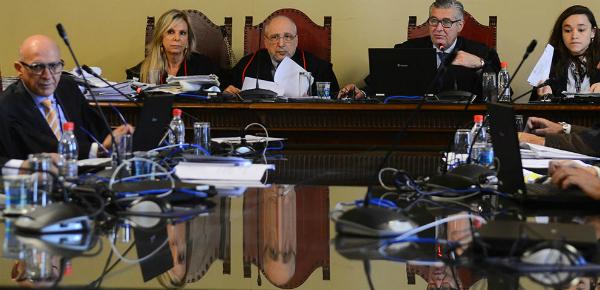 Turma julgadora composta pelos desembargadores Ivan Sartori (relator), Camilo Léllis e Edison Brandão (Foto: Rovena Rosa/Agência Brasil)