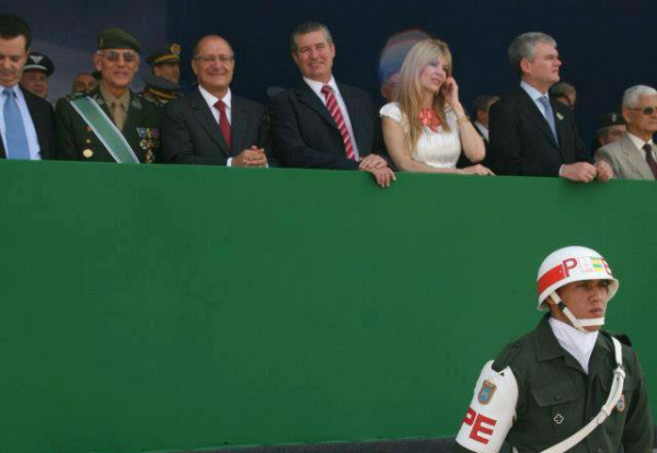 Ivan Sartori ao lado de Geraldo Alckmin durante evento (Foto: Reprodução/Facebook)