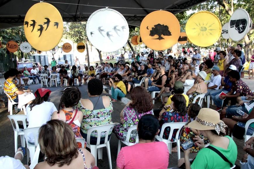 Aparador Colonial De Madeira ~ Sarau do Binho promove II Feira Literária da Zona Sul em S u00e3o Paulo Ponte Jornalismo