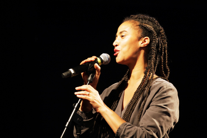 A escritora e artista Grada Kilomba. Foto: Ute Langkafel