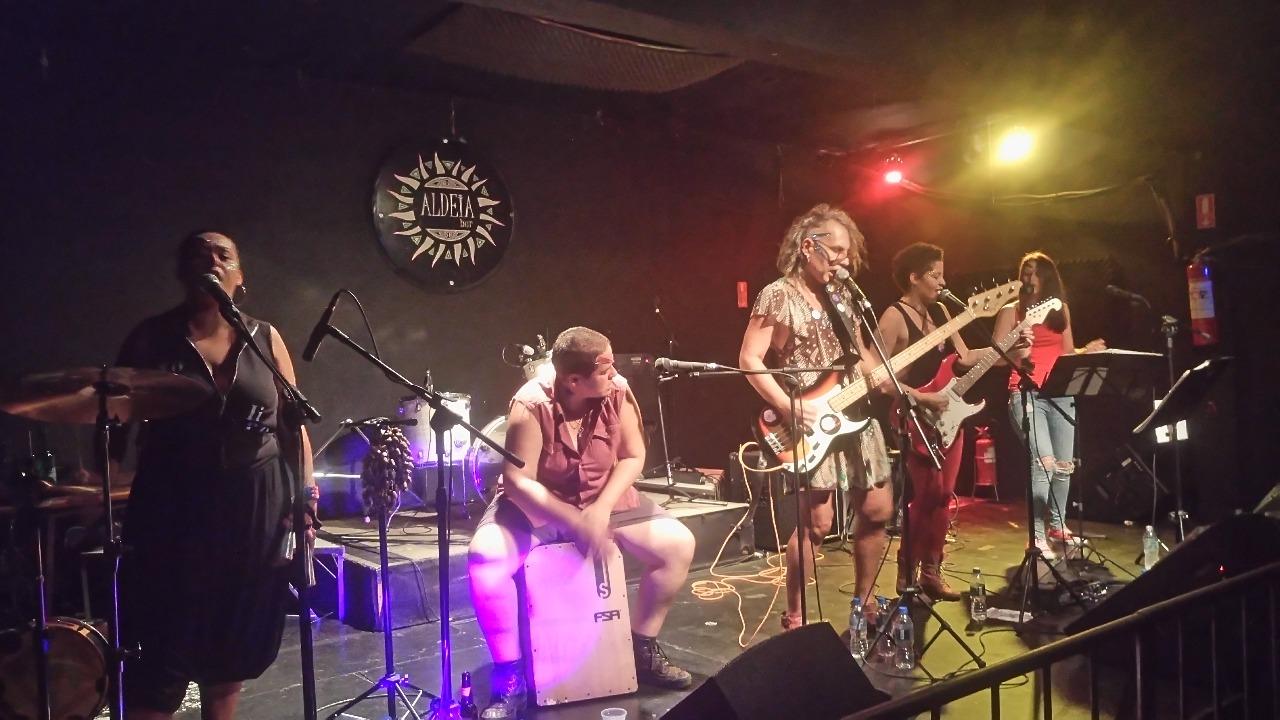 Banda Clandestinas rock feminista