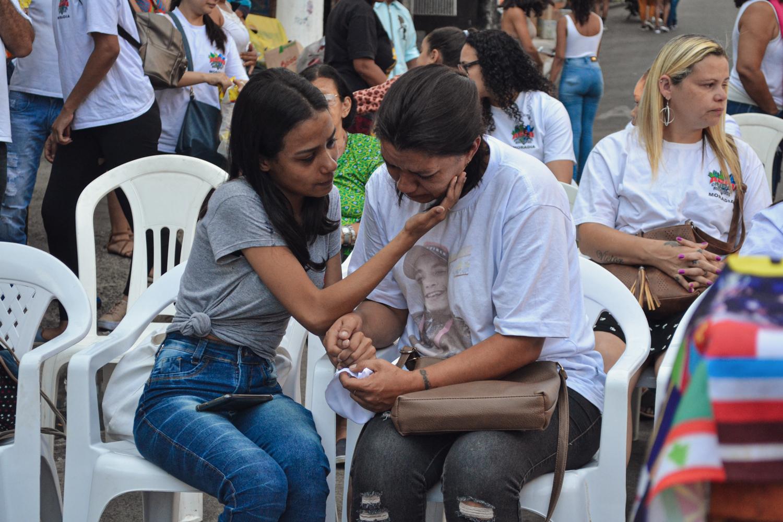 """""""Nos ajudem a provar a culpa da polícia"""", pede mãe de vítima em Paraisópolis"""