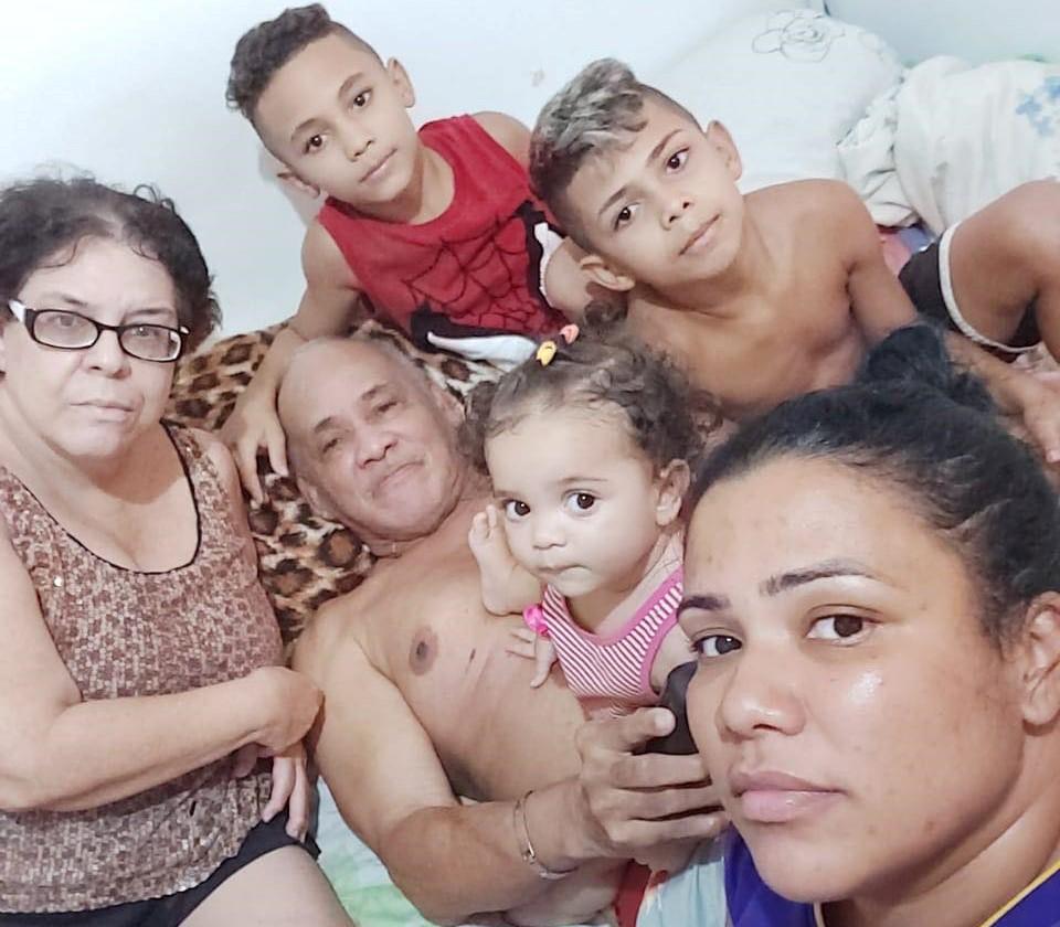 'Só tenho sal na dispensa': Joyce não pode mais esperar pela ajuda do governo